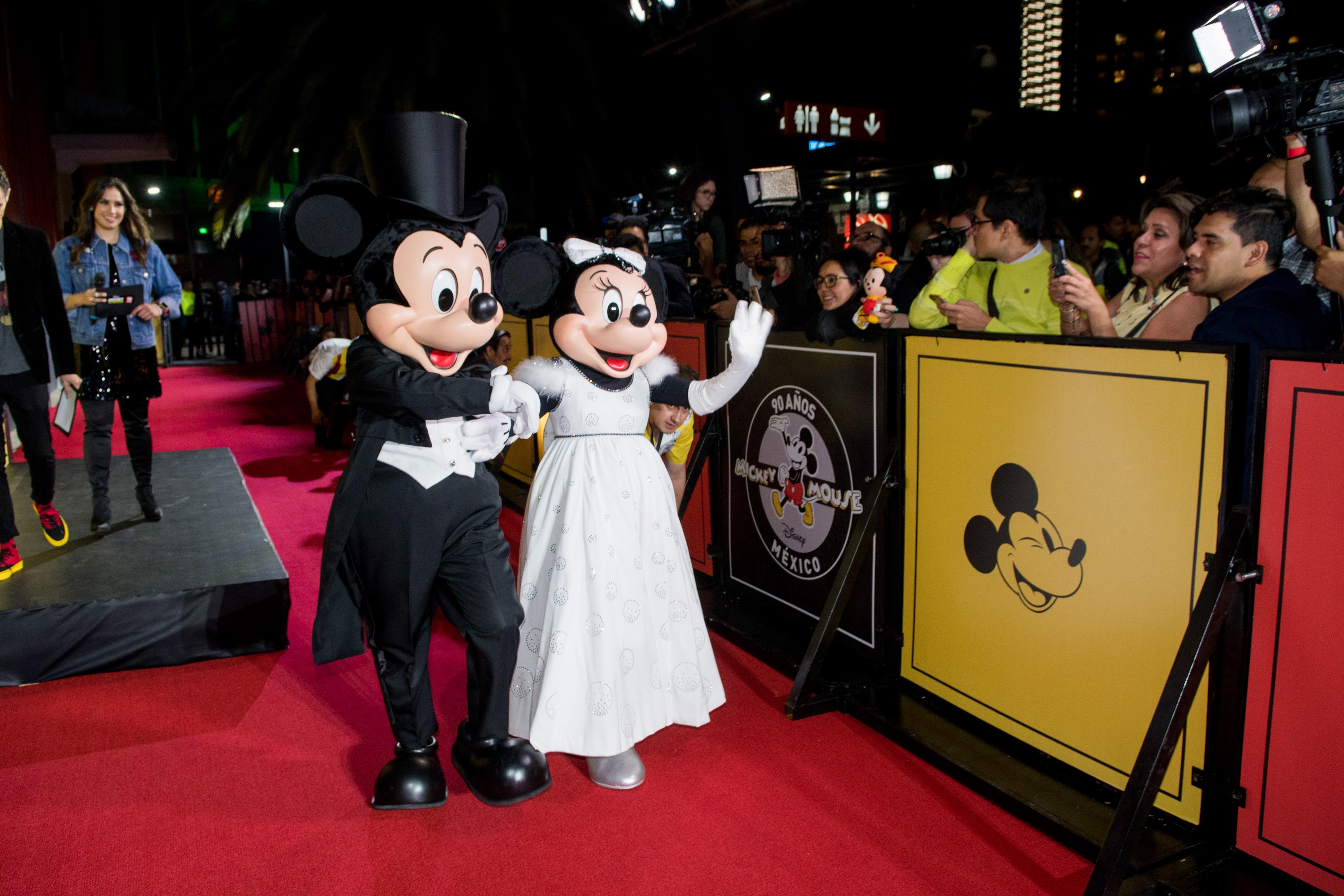 ¡Mickey Mouse festeja su 90 aniversario en CDMX con una gran celebración!