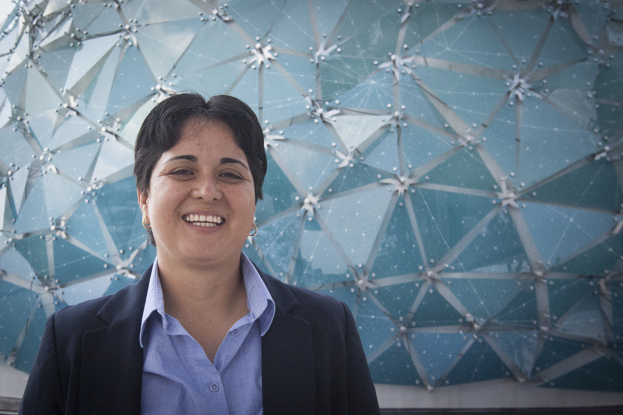 Ofrece la Dra. Alma Yolanda Alanís García charla sobre bondades de la ciencia