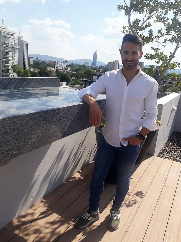José Mora, inspiración gitana con»Nadie como tú»