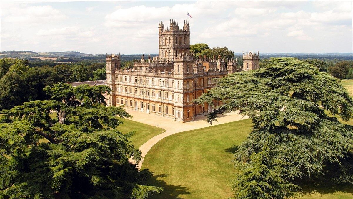El Castillo de Highclere -cuna de Downton Abbey- se puede reservar ahora en Airbnb