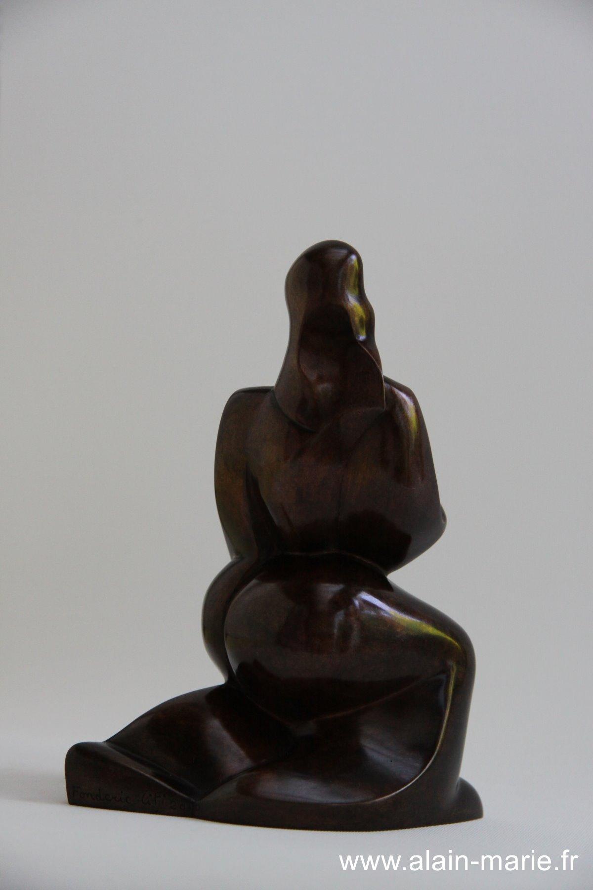 Femme cubiste, bronze 16x8x11.5
