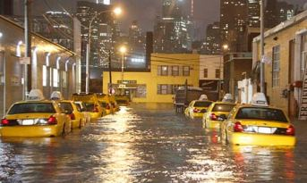 Sandy Halts New York for weeks