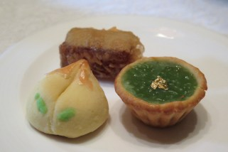 Honey Peach Pastry, Sweet Potato Pandan-Flavoured Nian Gao Tart and Pan-Fried Rose-Flavoured Water Chestnut Cake
