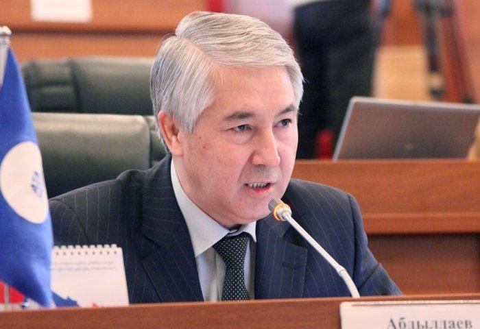 """Мыктыбек АБДЫЛДАЕВ: """"Үркүндөй бер Кыргызстан"""" деген эмне саясат?"""