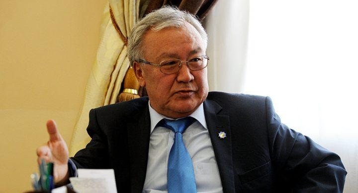Абдыганы ЭРКЕБАЕВ: «Депутаттардын каникулга кетип калганы мыйзамсыз»
