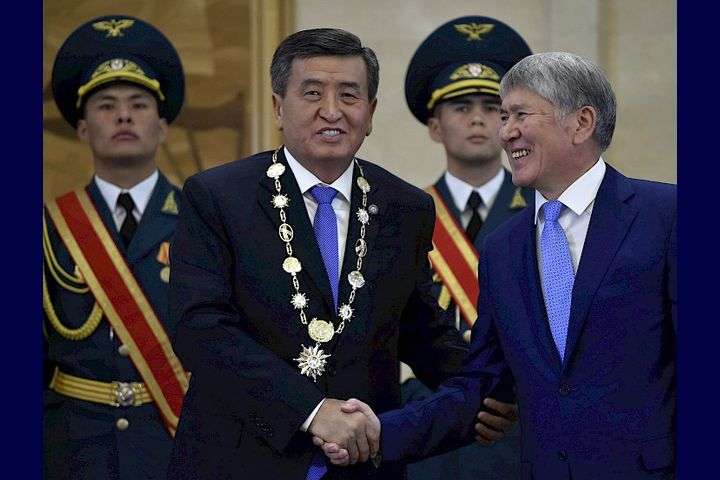 ВИДЕО — Атамбаев түзгөн Антикоррупциялык кызматты Жээнбеков жок кылып кетиптир…
