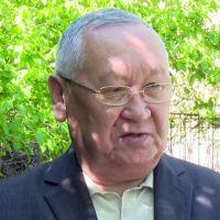 """Каныбек ОСМОНАЛИЕВ: """"Текебаев Атамбаевдин былыктарын ийне-жибине чейин билет"""""""