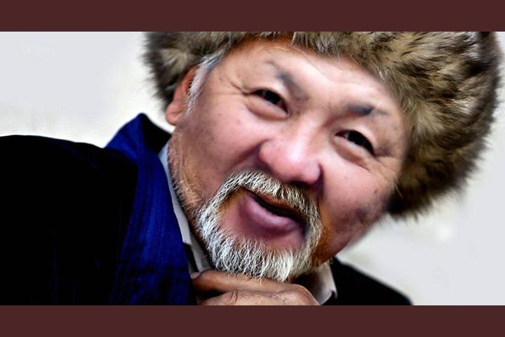 """Жаныбек ЖАНЫЗАК: """"Мен өлө элекмин"""" деп каттоодон өтүп туруу мыйзамын укпапмын, шумдук!"""" (ВИДЕО)"""
