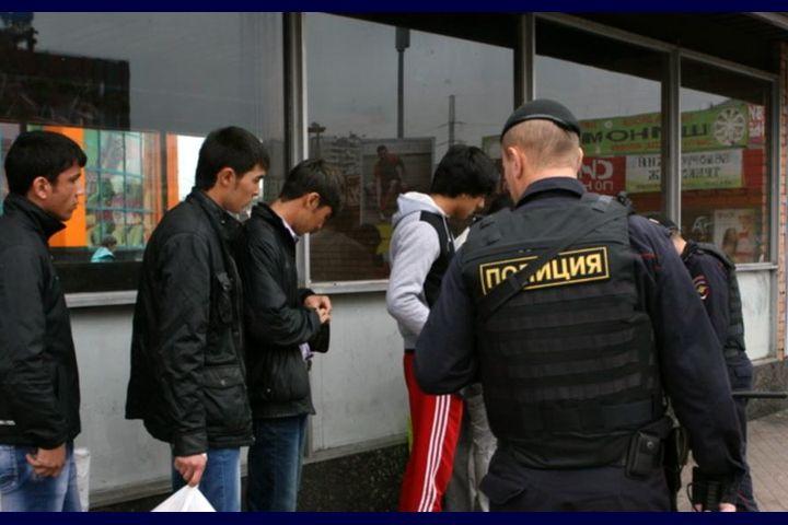 ОМОНдун зомбулугуна кабылган 14 кыргыз мигранты Орусиядан чыгарылат