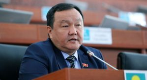 Талапкер Айтмамат Назаров «Кыргызстандан» чыгарылдыбы?