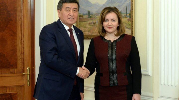 БУУ: «Кыргызстандагы бийликтин мыйзамдуу өкүлү деп Жээнбековду тааныйбыз»