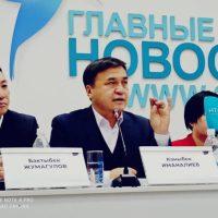 """Каныбек ИМАНАЛИЕВ: """"Садыр Жапаров президент болсо, Кыргызстанды Ооганстанга айландырат. Биз ага жол бербейбиз!"""""""