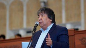 ВИДЕО — Садык ШЕР: «Жаңы долбоорго кол койгон депутаттар «чимкирик» экенин далилдеди»