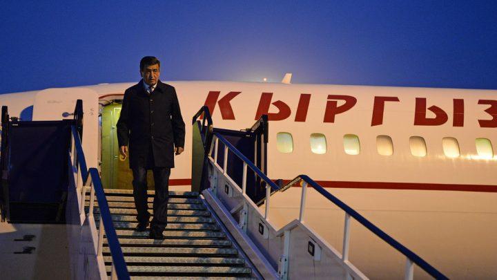 Сооронбай Жээнбеков Кыргызстанга кайтып келди