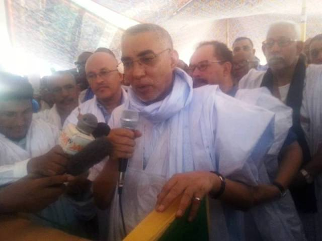 الوزير الأول يحي ولد حدمين خلال كلمته في مهرجان في افام لخذيرات