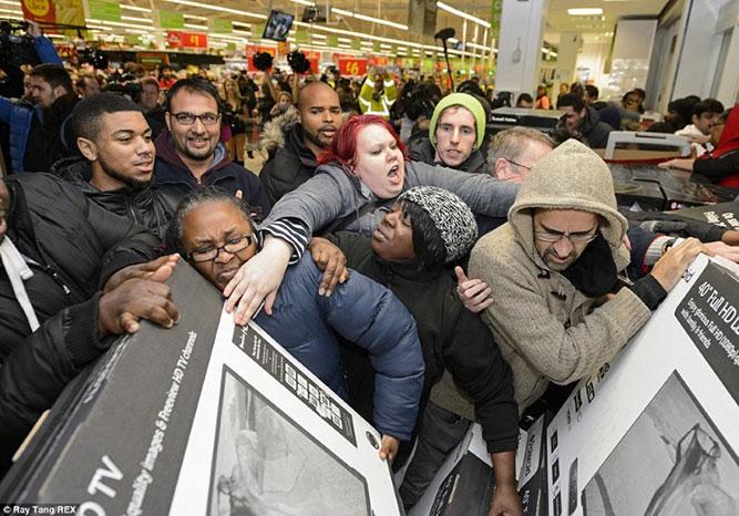 جنون التسوق يوم الجمعة السوداء
