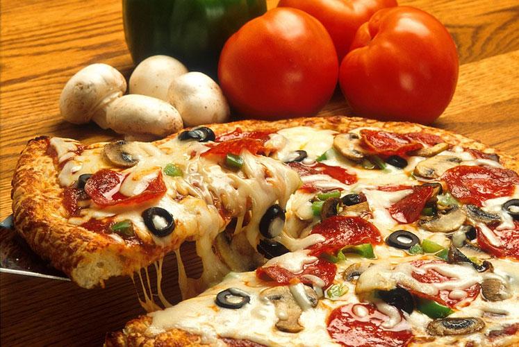 بيتزا