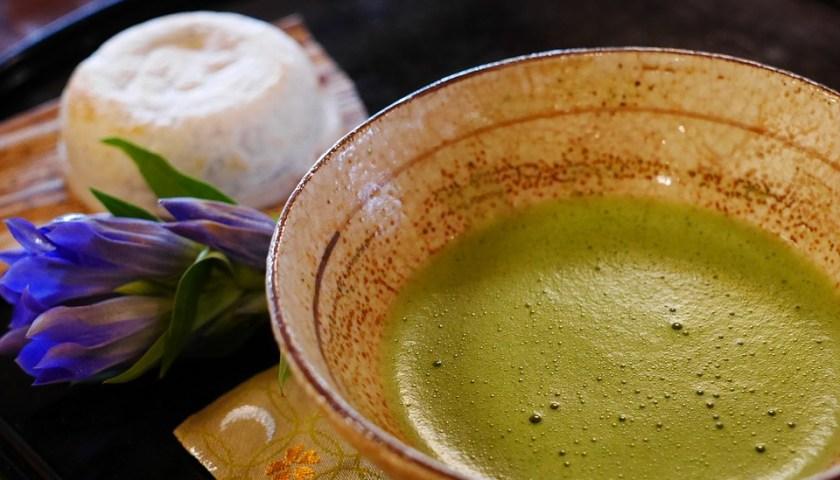 فوائد شاي الماتشا للشعر