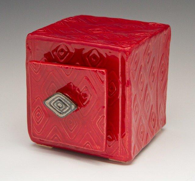 hamblin_red_boxw_drawer_9712_600x600ps-640