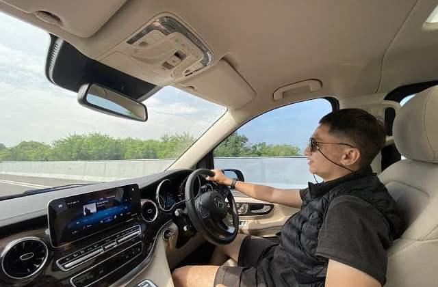 Cerita Riri Yakub Kemudikan Mercedes-Benz V-Class Keliling Jawa-Bali 2.500 km