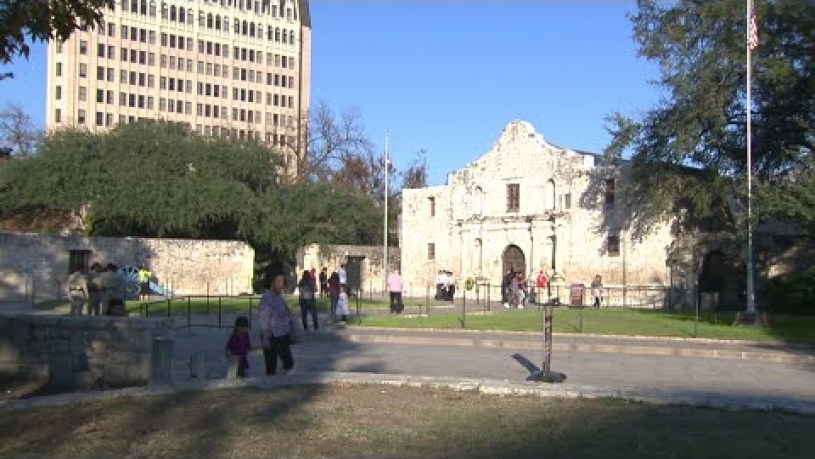 Why Were The Alamo Defenders Inside The Fort