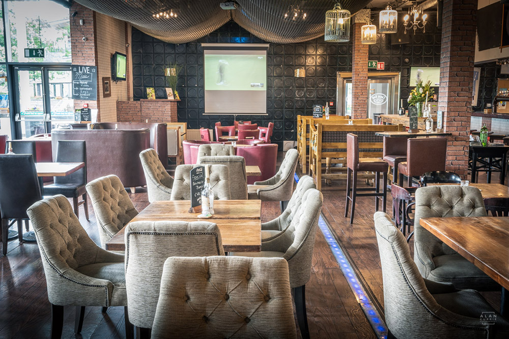 Royal Canal Bar - Interior Design Photography