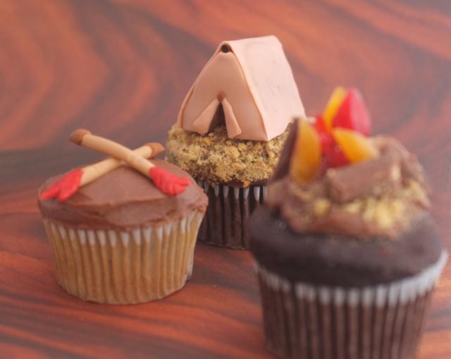 DIY: Camp Cupcakes