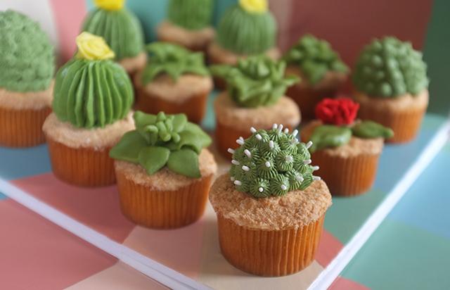 Succulent Cactus Cupcakes