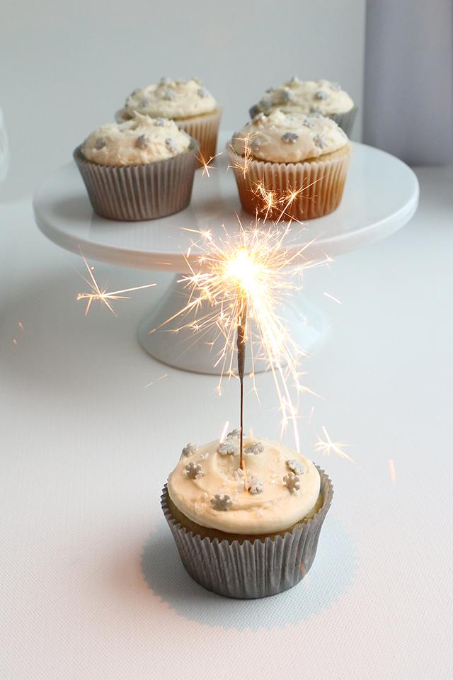 Snowflake Cupcake
