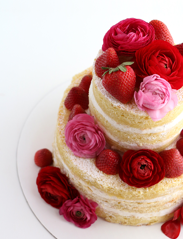 Naked Cake with Ranunculus