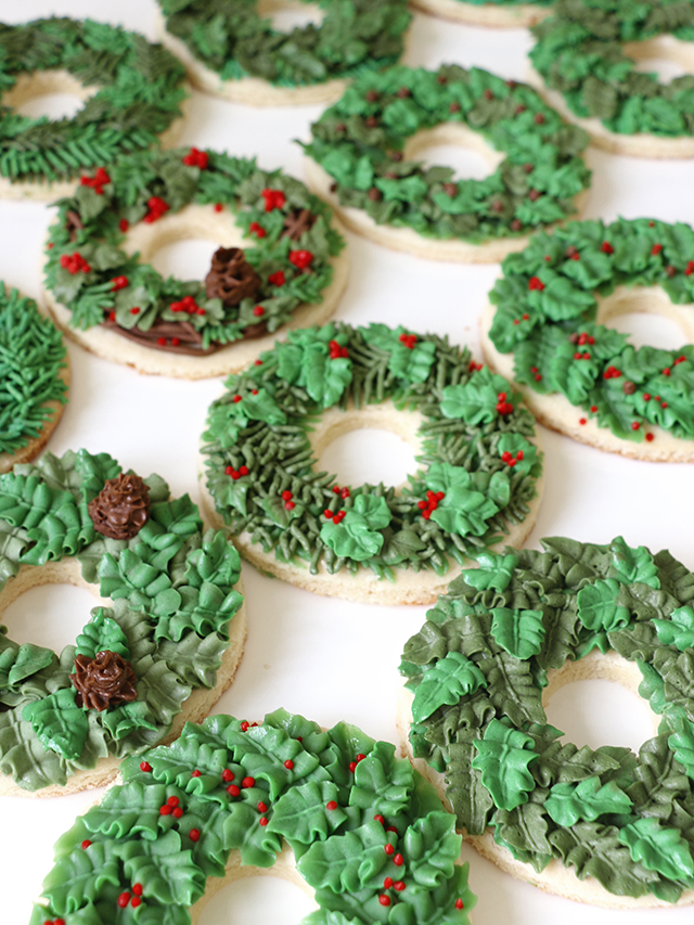 wreath-cookies-2_640