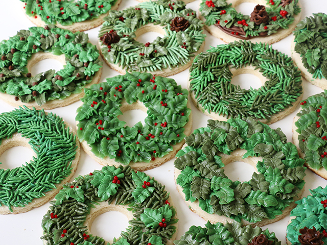 wreath-cookies-8_640