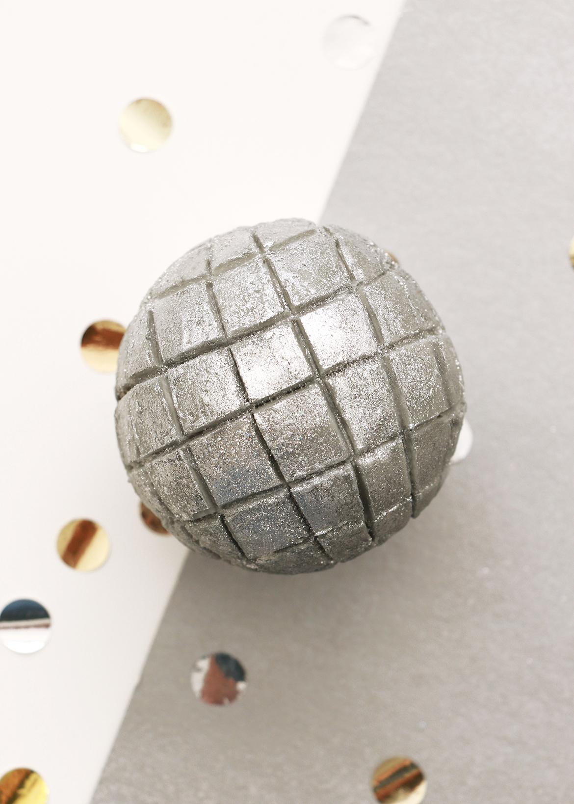 NYE Disco Ball Cupcakes