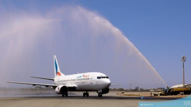 Photo of بالفيديو والصور ..هكذا استقبلت طائرة الملكة بلقيس في مطار الملك عبدالعزيز الدولي بجدة في أولى رحلاتها