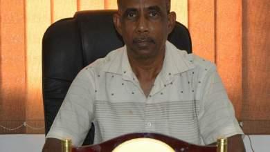 Photo of مدير مكتب الصحة بالمهرة يوضح حقيقة الحالتين المشتبه إصابتها بكورونا