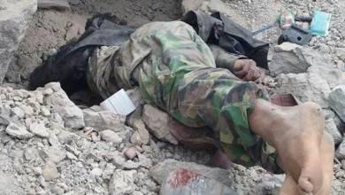 Photo of ناجي الحرازي : جريح حوثي تخلت عنه المليشيات وأعادته إلى أمه ببقايا روح