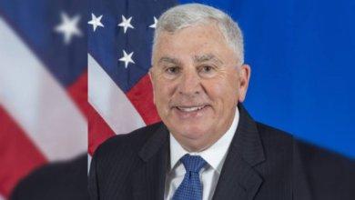 Photo of السفير الأمريكي يستنكر محاولات مليشيا الحوثي استهداف المدنيين في السعودية