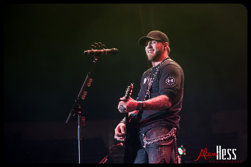 Brantley Gilbert / Valley View Casino Center 2014