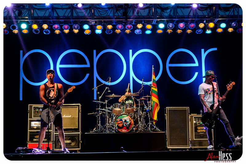 Pepper perform at the Del Mar race track on August 26, 2016
