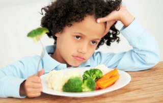 Child who doesn't want to eat broccolli