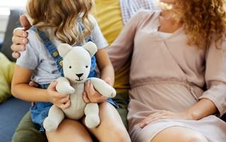 parent using positive reinforcement
