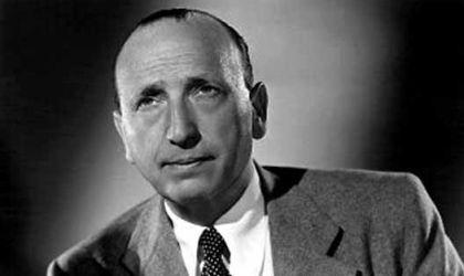 Black and white photo portrait of director Michael Curtiz