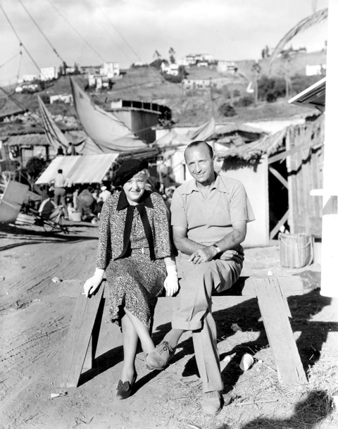 photo of Bess Meredyth and Michael Curtiz on the exterior set of Noah's Ark
