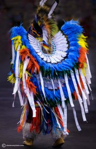 www.alantowerphoto.com Spokane Photographer Alan Tower Photo of Native American in Dance costume