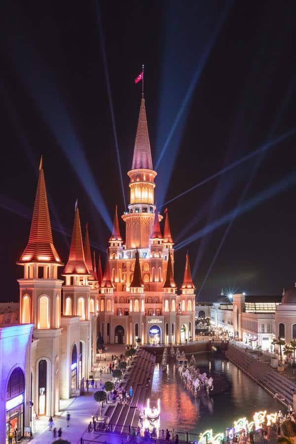منتجع ارض الاساطير- السياحة في تركيا - المسافرون العرب (1)