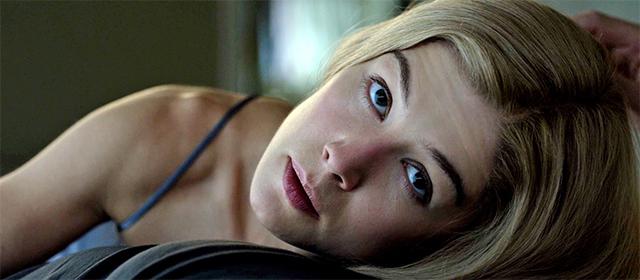 Rosamund Pike dans Gone Girl (2014)