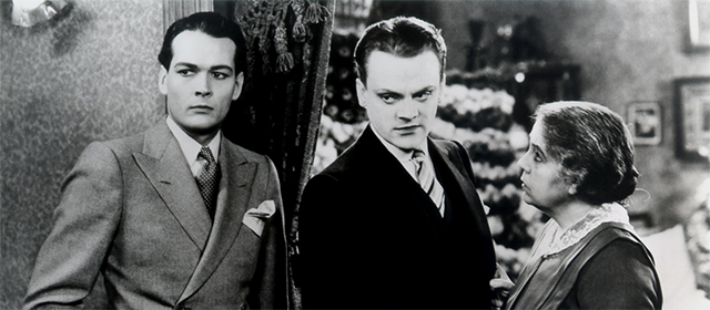 James Cagney, Edward Woods et Beryl Mercer dans l'Ennemi Public (1931)