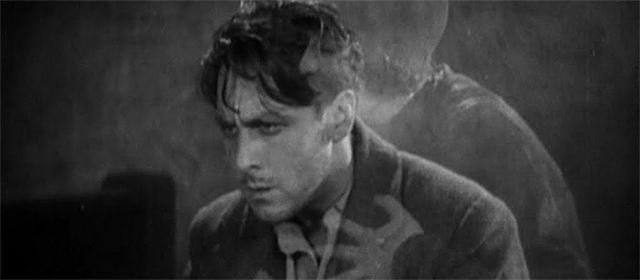 George O'Brien et Margaret Livingston (ici représentée de manière fantomatique) dans L'Aurore (1927)