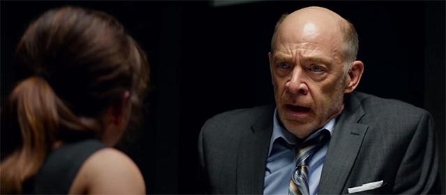 Emilia Clarke et J.K. Simmons dans Terminator : Genisys (2015)