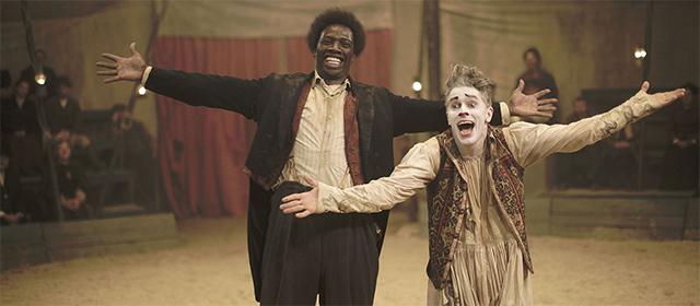 Omar Sy et James Thierrée dans Chocolat (2016)